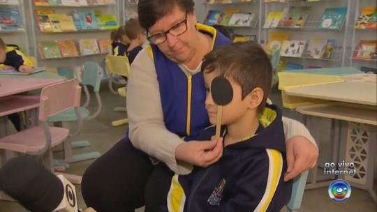 Alunos da rede municipal de ensino de Itatiba passam por testes gratuitos de visão
