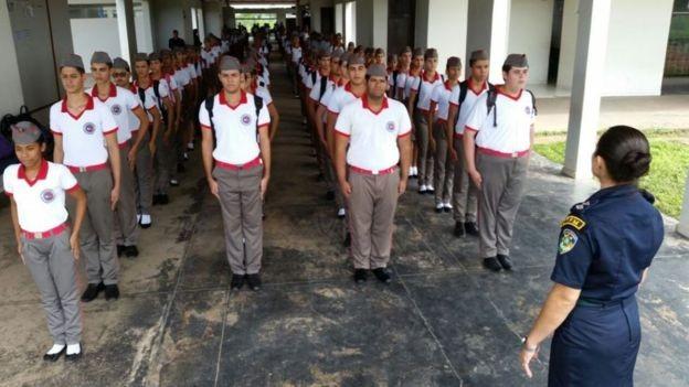 Uma escola militar em Roraima: Bolsonaro disse que pretende expandir este modelo por meio de convênios (Foto: Governo de Roraima via BBC News Brasil)