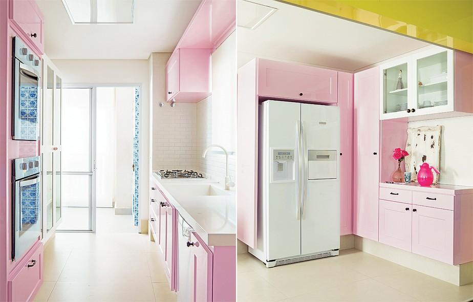 A cor rosa Delícia, da Coral, foi escolhida pela arquiteta Letícia Arcangeli para dar vida à cozinha de seu apê. O tom foi valorizado com o projetoda Santíssima Fé Marcenaria