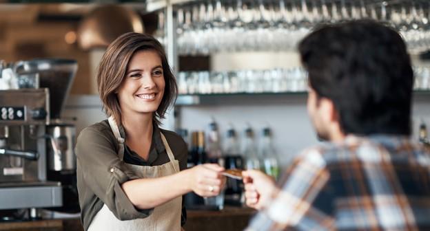 Por que seu novo negócio precisa de uma maquininha de cartão?