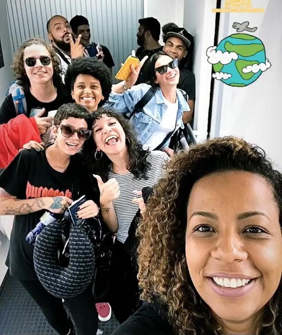 Bruna embarcou com um grupo de missionários no sábado, 23/3 â?? Foto: Reprodução/Instagram