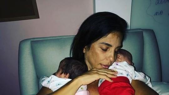 Ivete Sangalo se derrete pela relação do filho com as gêmeas: 'Umas das coisas mais lindas que já pude presenciar'