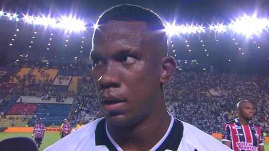 Ribamar comemora primeiro gol marcado com a camisa do Vasco