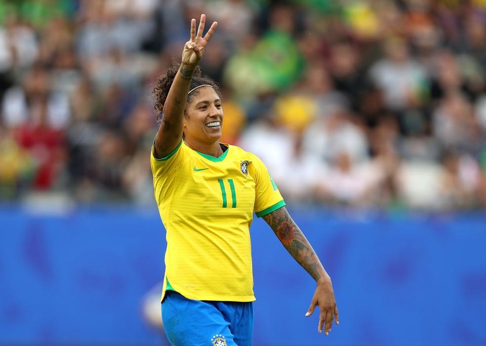 Cristiane voltou fazendo os três gols na vitória contra a Jamaica. — Foto: Getty Images