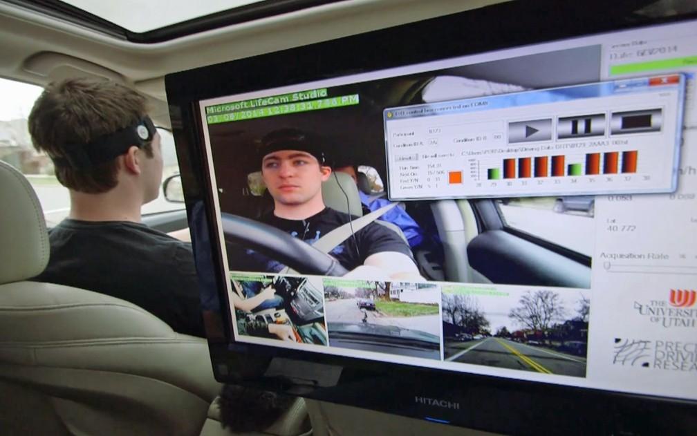 Pesquisa mapeou o quanto de atenção visual e mental o sistema multimídia exigia do usuário (Foto: Divulgação AAA)
