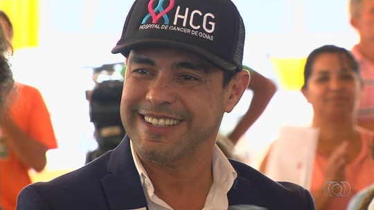 Zezé Di Camargo visita obra do Hospital do Câncer de Goiás e convoca sertanejos a ajudar na construção: 'Lançado o desafio'