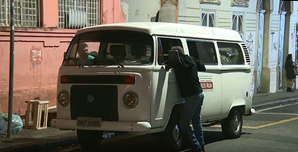 Atendimento a moradores de rua cresce 50% após ampliação do serviço durante frio em Campinas