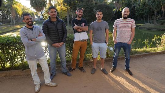 Missão Digital ajuda 5 estudantes de Medicina a organizarem casa e rotina