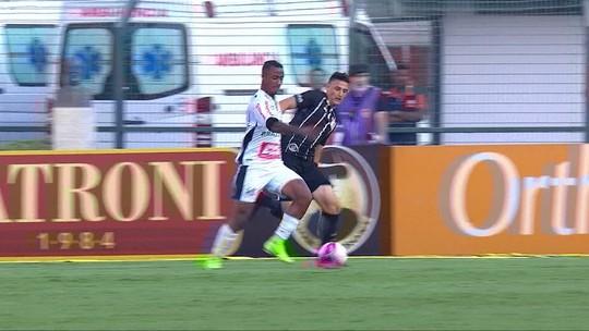 """Carille vê Corinthians abaixo do normal e diz: """"Faltou concentração"""""""
