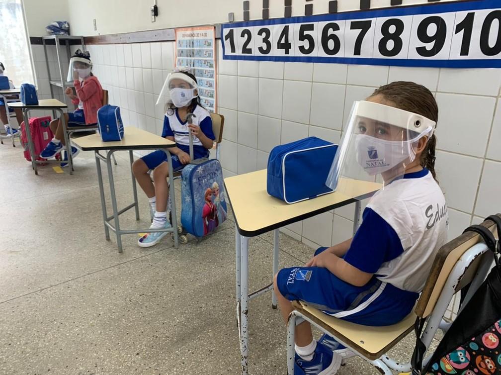 Natal retoma aulas presenciais com crianças da pré-escola após 16 meses.  — Foto: Carlos Dhaniel/Inter TV Cabugi