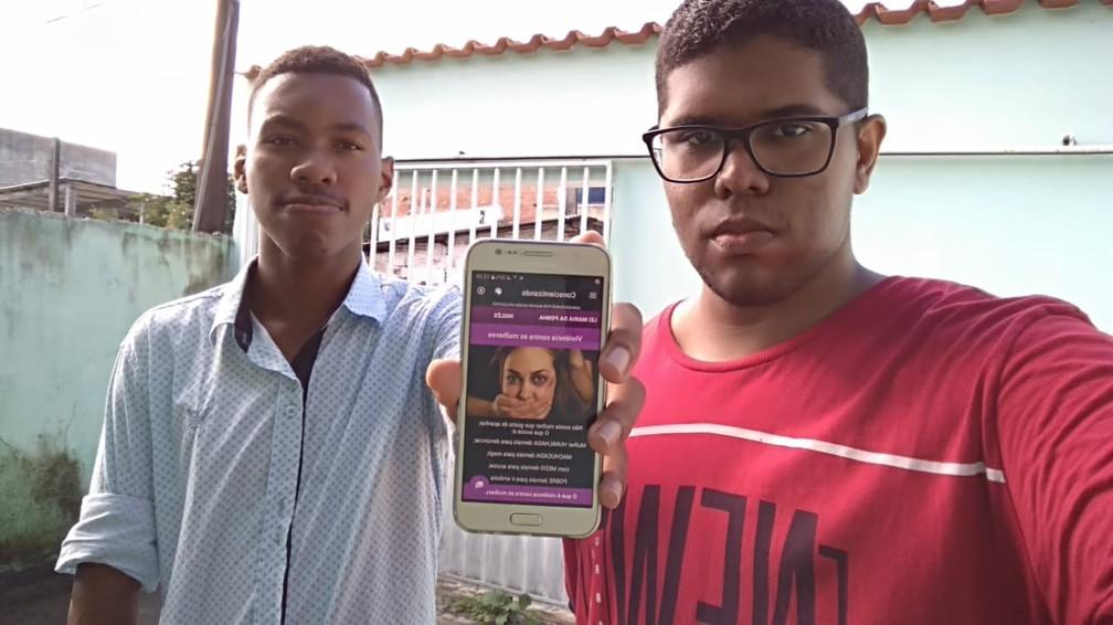 Alan e Carlos criaram aplicativo que incentiva mulheres a denunciar casos de violência — Foto: Arquivo pessoal