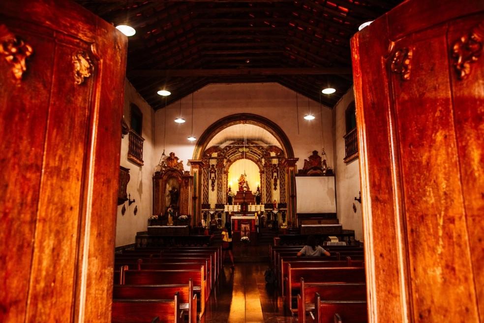 Interior da Igreja de Sant'Anna, em Chapada dos Guimarães — Foto: Divulgação