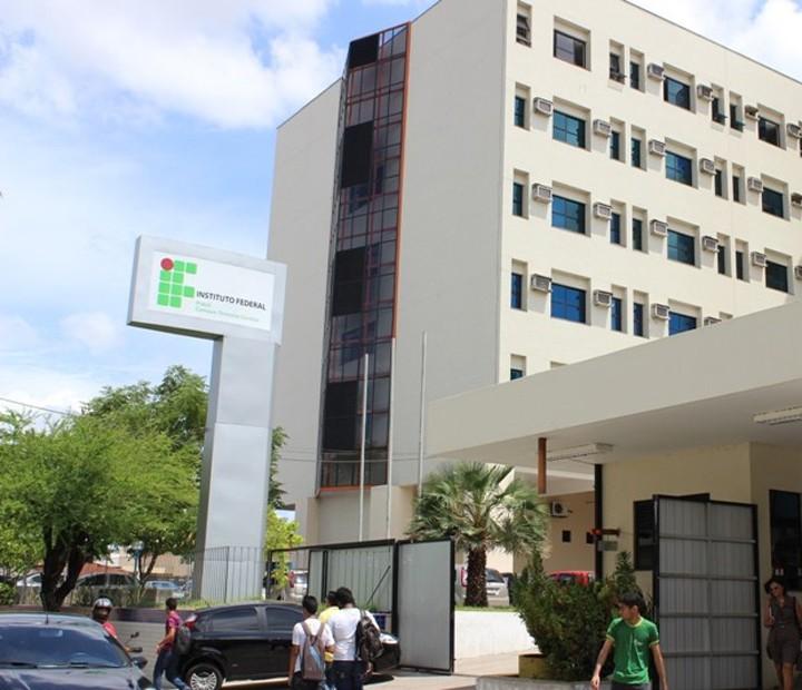 Instituto Federal do Piauí lança concurso com 17 vagas para professor efetivo - Notícias - Plantão Diário