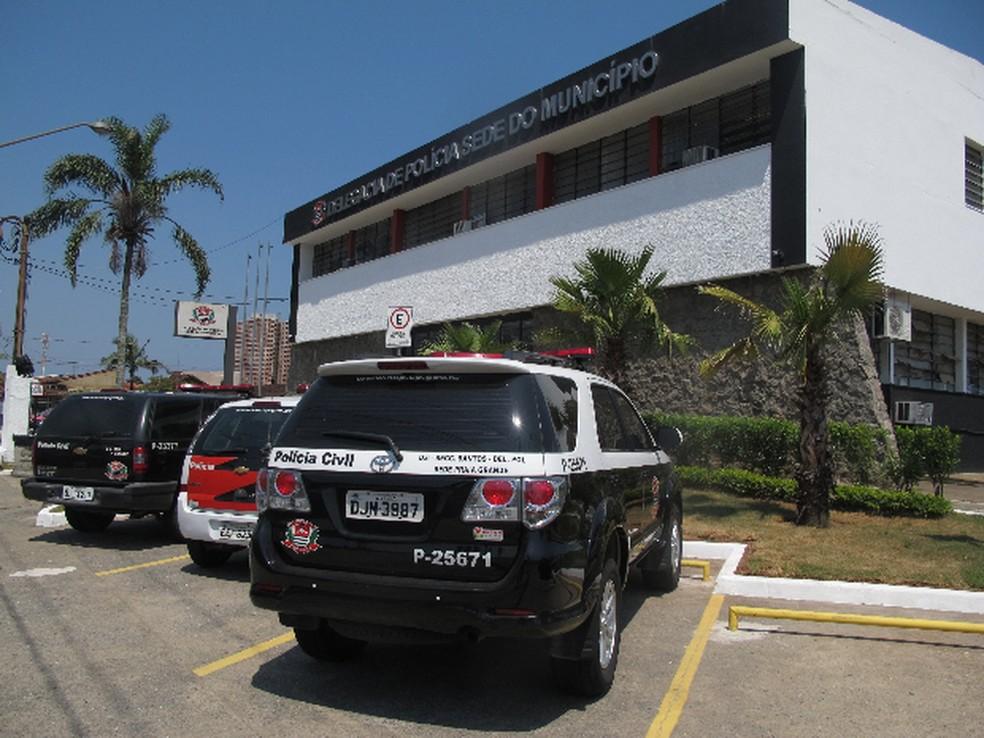 Caso foi registrado na delegacia sede de Praia Grande, SP (Foto: João Paulo de Castro / G1)