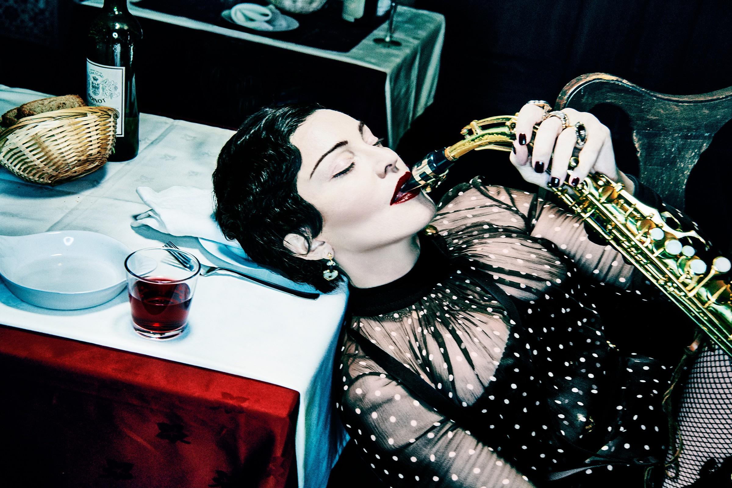 Crítica: Do fado ao funk, Madonna se renova (e surpreende) em Madame X