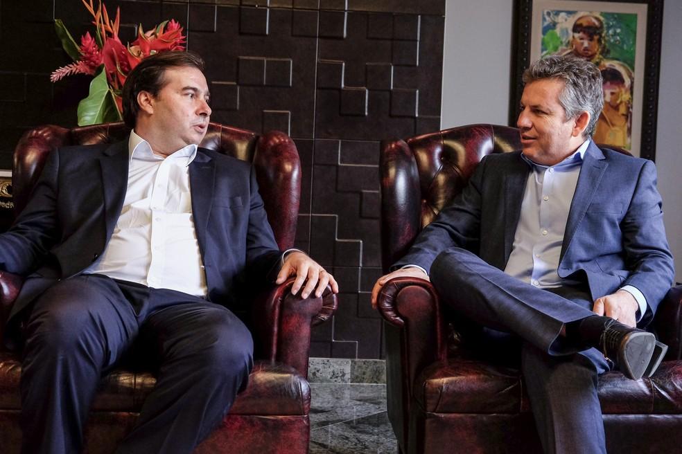 Presidente da Câmara Federal Rodrigo Maia se reúne com governador Mauro Mendes. — Foto: Gcom/Assessoria