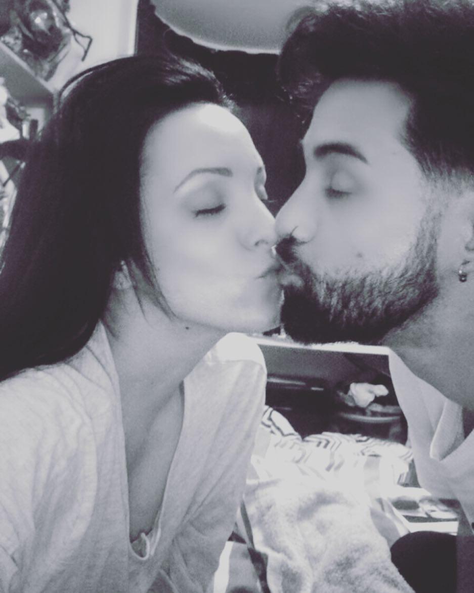 David e Laura decidiram ter um relacionamento aberto após pedido do dançarino (Foto: Reprodução / Instagram)
