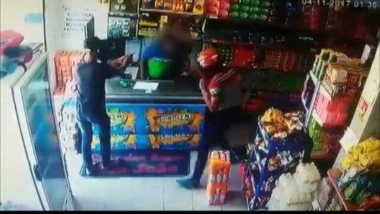 Comerciante baleado em assalto na PB está internado em estado grave, diz hospital