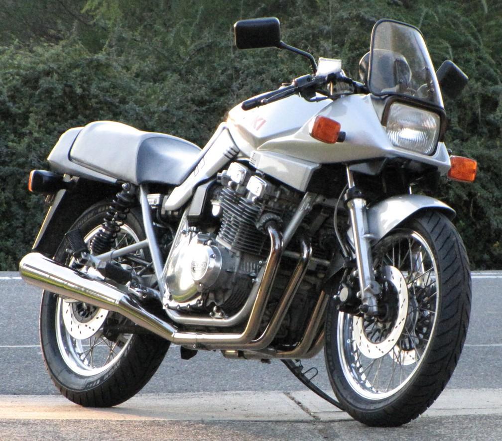 Suzuki Katana dos anos 80 — Foto: Allmoto/Wikimedia/CC