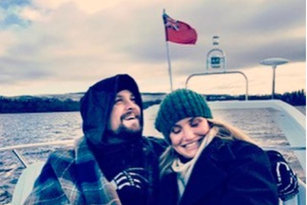 A atriz Cameron Diaz com o marido, Benji Madden (Foto: Instagram)