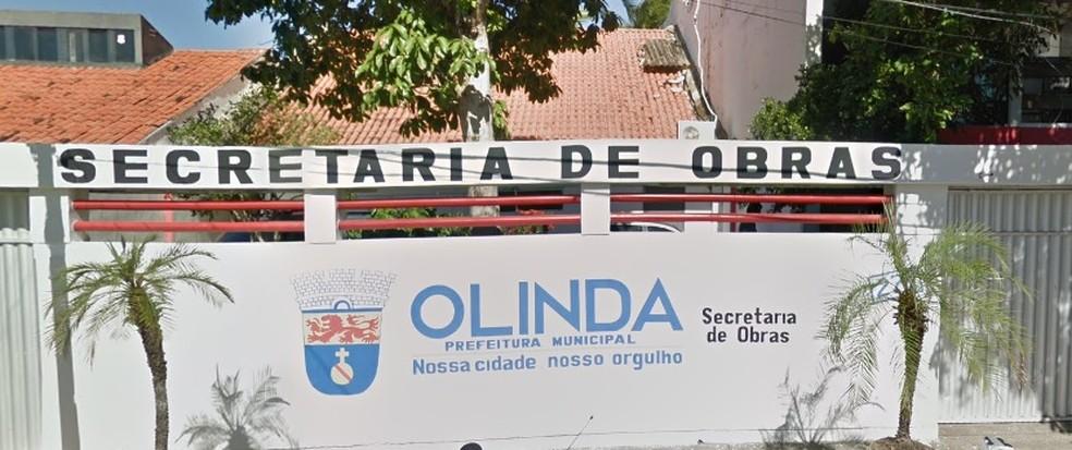 Secretaria de Obras de Olinda fica no bairro do Carmo (Foto: Reprodução/Google Street View)
