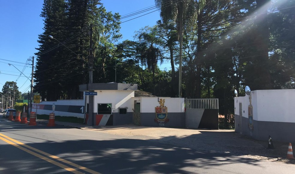 Operação do Gaeco ocorre no 49º Batalhão da Polícia Militar em Jundiaí — Foto: Fernanda Elnour/TV TEM