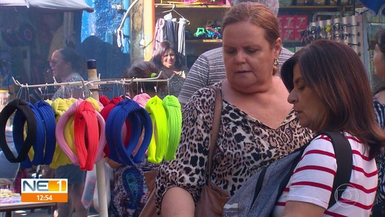 Estilo de personagem de 'A Dona do Pedaço' cria tendências entre pernambucanas