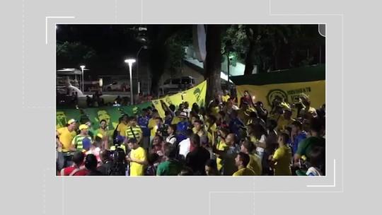 Pré-jogo do Brasil em Salvador tem festa de torcedores antecipados e 'zoação' com Argentina no entorno de estádio
