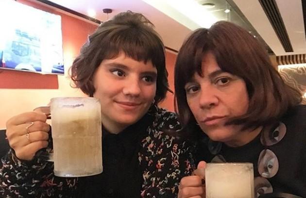 Dora de Assis, filha da atriz de teatro Lucilia de Assis, será Raíssa, filha da personagem de Mariana Santos na nova temporada de 'Malhação' (Foto: TV Globo)