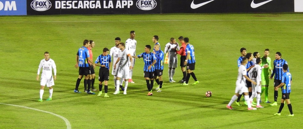 499fc5933c ... Liverpool-URU enfrentou o Fluminense na Copa Sul-Americana — Foto