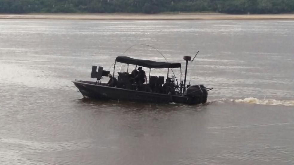 Operação do Exército era realizada no rio Japurá (Foto: Exército/Divulgação)