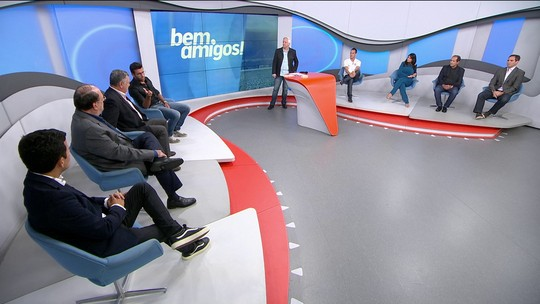 """""""Bem, Amigos!"""" discute lance da grave lesão de João Paulo; Arnaldo critica árbitro"""