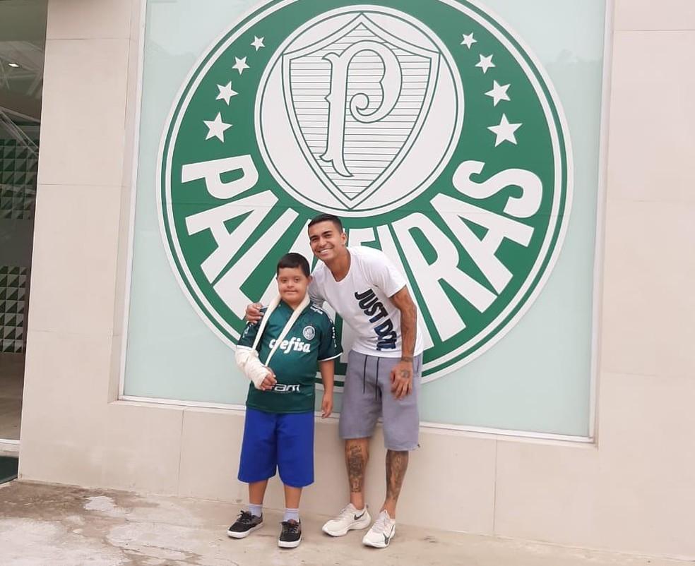 Dudu recebeu João Victor no CT do Palmeiras, em São Paulo — Foto: Arquivo Pessoal