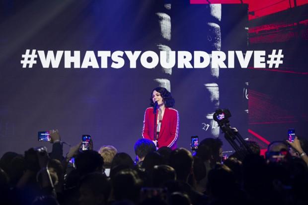 A noite teve show da cantora britânica Jessie J (Foto: Divulgação)