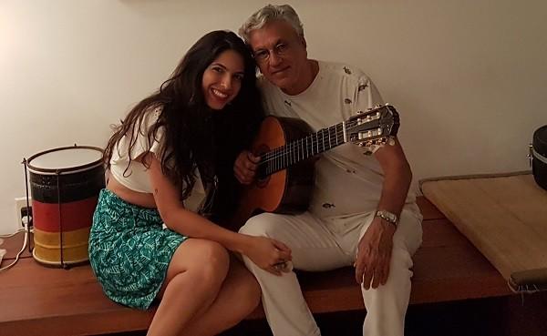 """Caetano adorou cantar com Illy: """" (Foto: Divulgação)"""