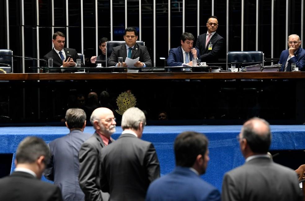 Senadores reunidos em plenário durante a votação em segundo turno da reforma da Previdência — Foto: Jefferson Rudy/Agência Senado