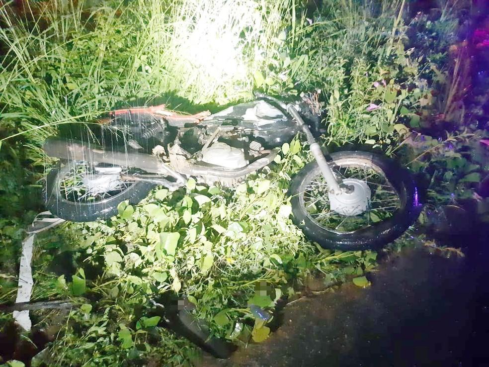 Motociclista morre em acidente na BR-232, em Pesqueira — Foto: PRF/Divulgação