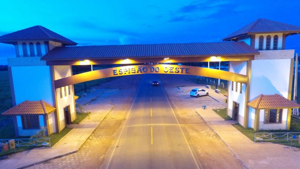 - Portal de entrada de Espigão D 39;Oeste, RO Foto: Carlos Tesch/Arquivo pessoal