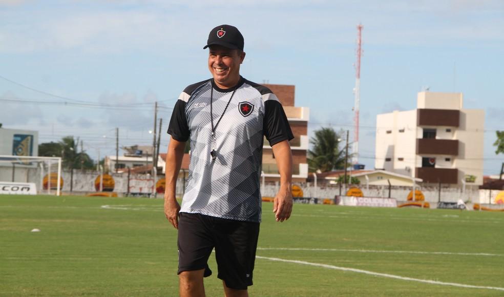 Evaristo Piza está no Botafogo-PB desde junho de 2018 — Foto: Vitor Oliveira / GloboEsporte.com