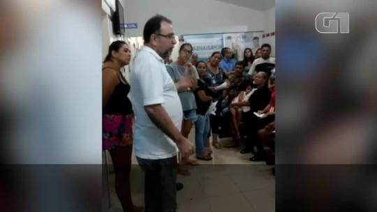 Em vídeo, médico manda pacientes irem embora por falta de remédios em pronto socorro municipal
