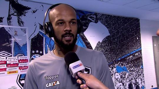 Orgulhoso, Bruno Silva elogia campanha do Botafogo e promete torcer pelo Grêmio