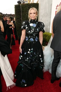 Toni Collette usa Erdem