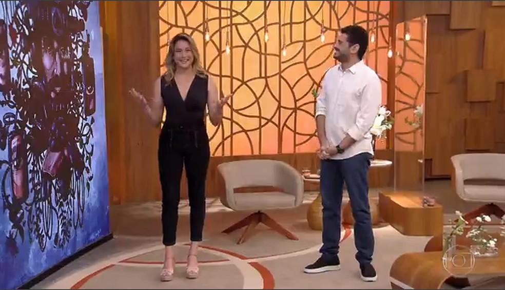 Fernanda Gentil e André Curvello estiveram à frente do 'Encontro' desta terça, 17/8 — Foto: TV Globo