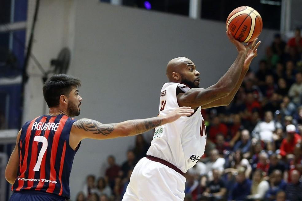 Mogi agora passa a ter o NBB como foco (Foto: FIBA Americas)