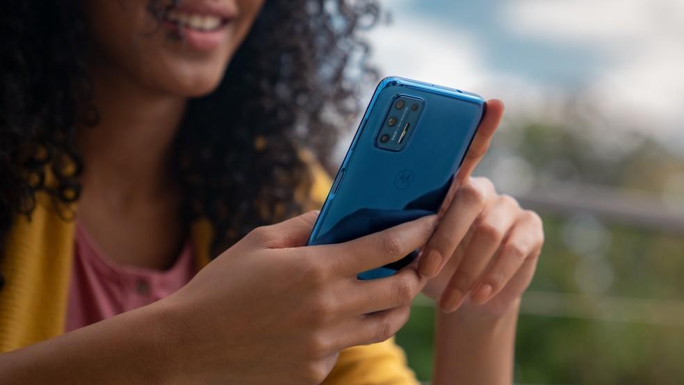 Moto G9 Plus traz bateria de 5.000 mAh — Foto: Divulgação/Motorola