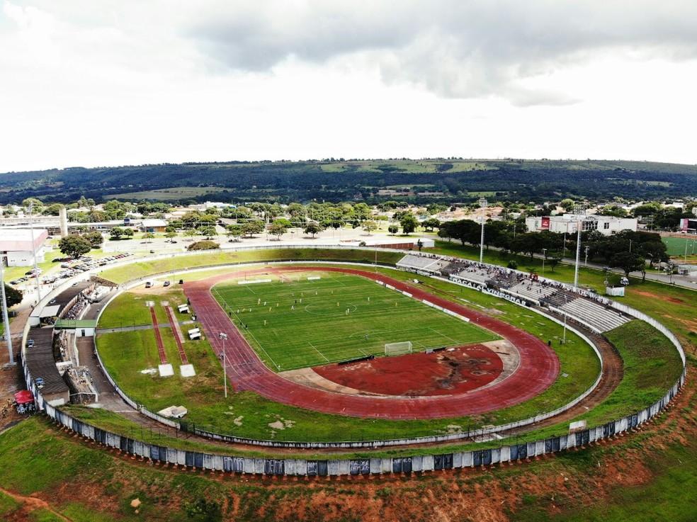 Estádio Augustinho Lima, do atual campeão Sobradinho, é um dos que preocupa — Foto: Michael Melo / Metrópoles