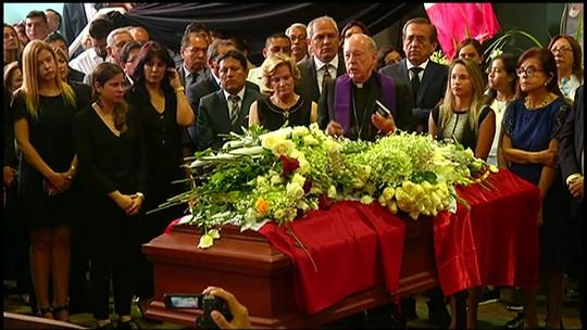 Ex-presidente do Peru Alan García é velado em cerimônia tumultuada