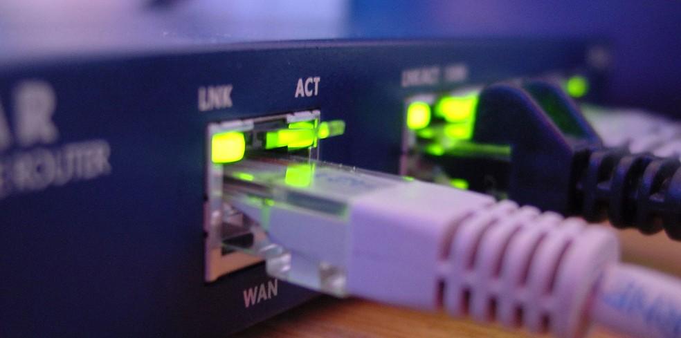 Muitos dispositivos da 'internet das coisas' são conectados à rede ainda com a mesma senha definida pelo fabricante — Foto: Anders Engelbøl/Freeimages.com