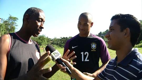 'Plugue' conversou com o goleiro Lucão, de Barra Mansa
