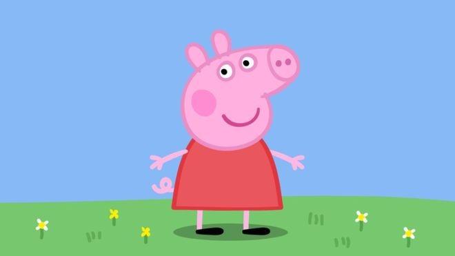Com 15 anos de sucesso internacional, Peppa Pig continua ganhando adeptos em diferentes partes do mundo e gerando cifras milionárias (Foto: PA/BBC)